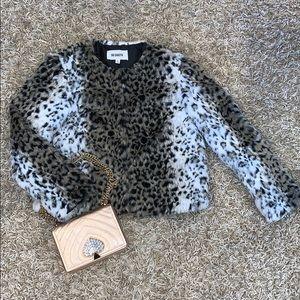 🧥NWOT BB Dakota faux fur coat! 💘